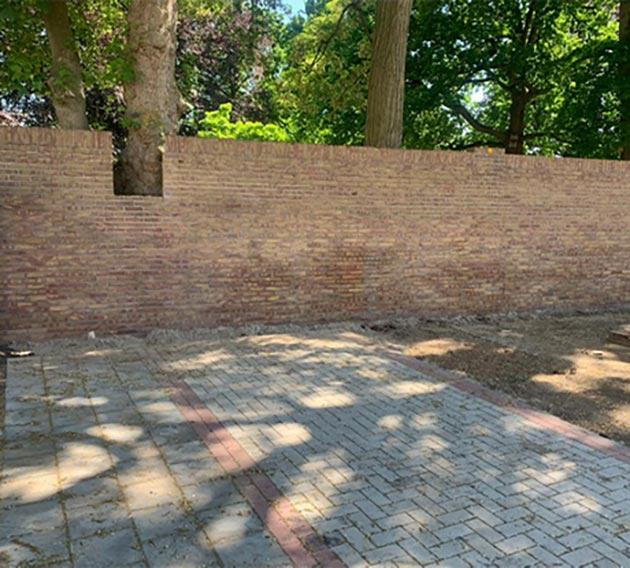 Graffiti verwijdering - Muur Tiel