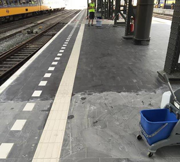 Opleveringsschoonmaak - Station Amsterdam Centraal 1